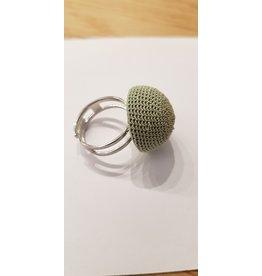 La Petite Rooze Gehaakte ring lichtgroen