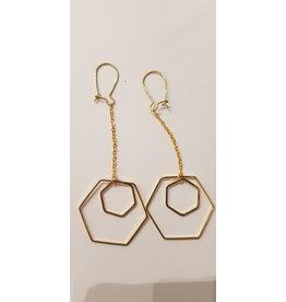 Maison Delclef Oorhanger goud ketting met grote en kleine hexagon