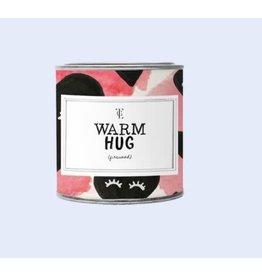 The Gift Label Kaars tin klein - Warm hug - jasmine/vanille