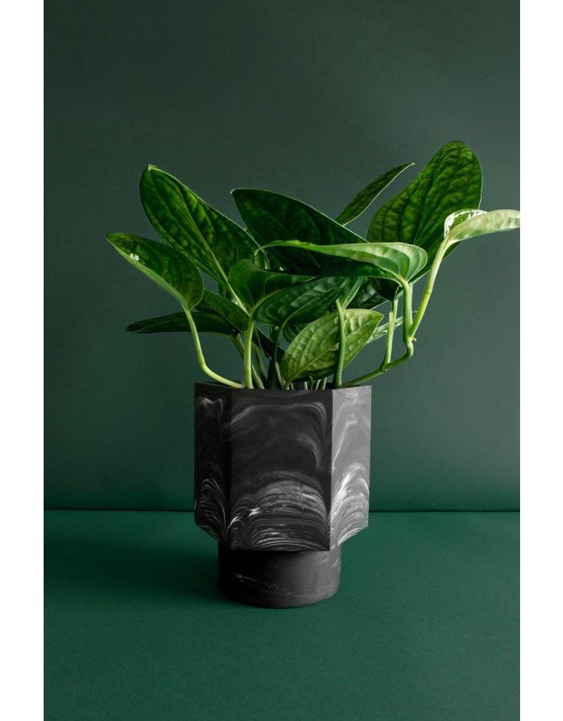 HOUSE RACCOON Hapi Zelfwatergevende Pot - Black marble