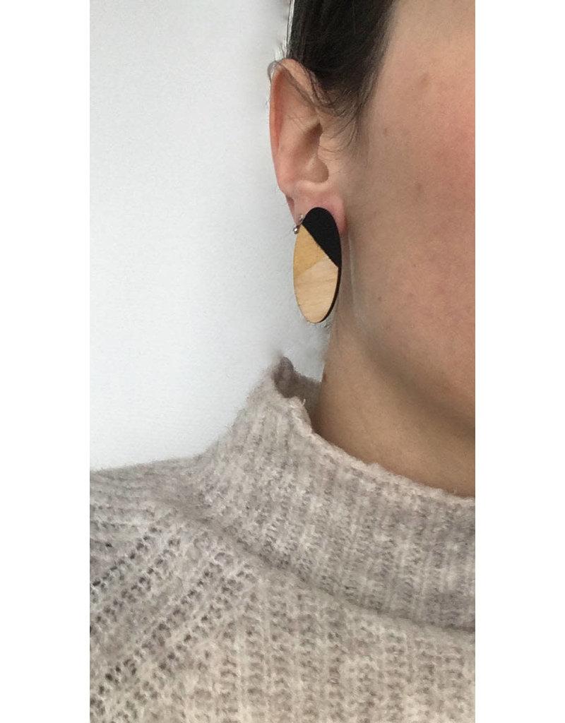 MonaLisa Juwelen Oorstekers 'Oval' - groot - zwart-goud