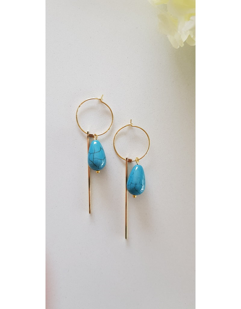 Maison Delclef Oorhanger druppelsteen blauw met verguld staafje