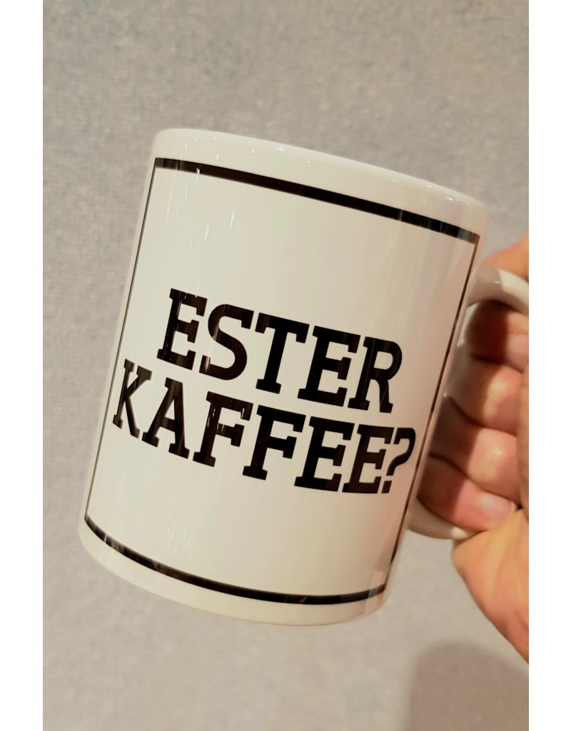 Urban Merch Mok 'Ester kaffee?'