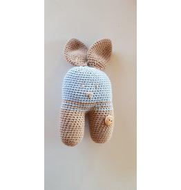 La Petite Rooze Gehaakt knuffelbeertje - lichtbruin / lichtblauw