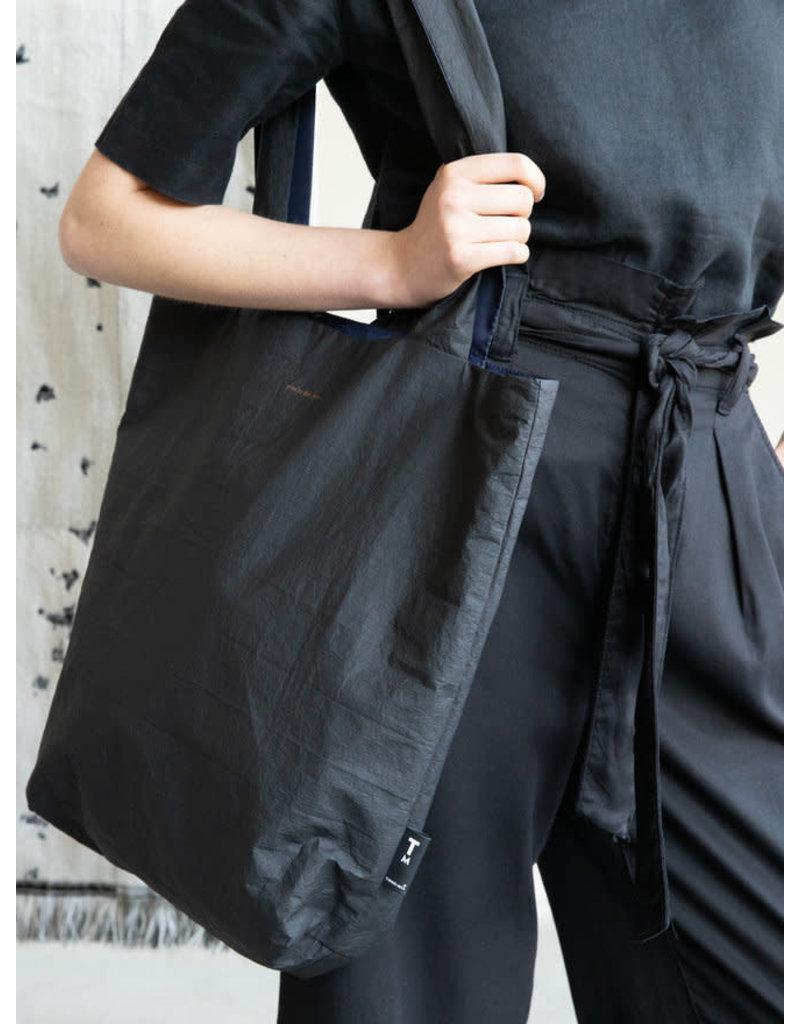 Tinne+Mia Feel Good Tote Bag / Tyvek - black