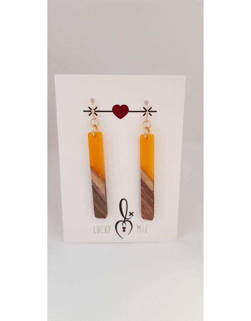Lucky Mie Oorhanger hars/hout - balk geel 50mm
