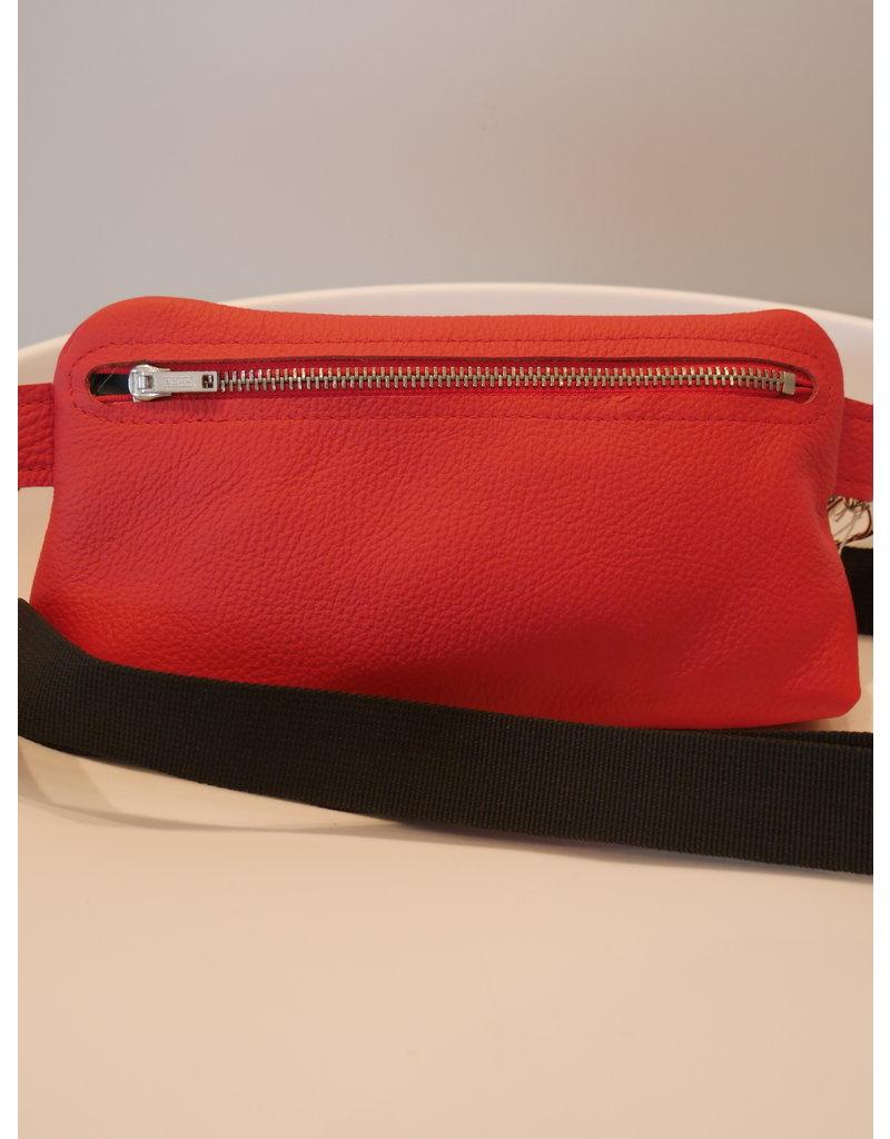 Maison Delclef Cross-body tasje rood - zwarte riem