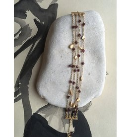 Katwalk Zilver Verguld zilver armband -4 ketting met wijnrode steentjes