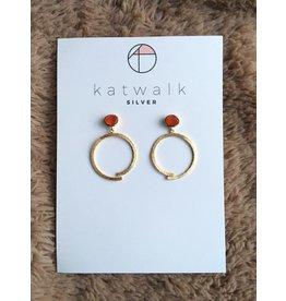 Katwalk Zilver Verguld zilver oorstekers - lichtrode steen met vlakke cirkel