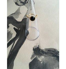 Katwalk Zilver Verguld zilveren ring - gekarteld met zwarte steen