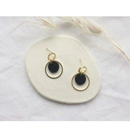 Woood Jewels Oorstekers - goudverguld + hout - Kim zwart
