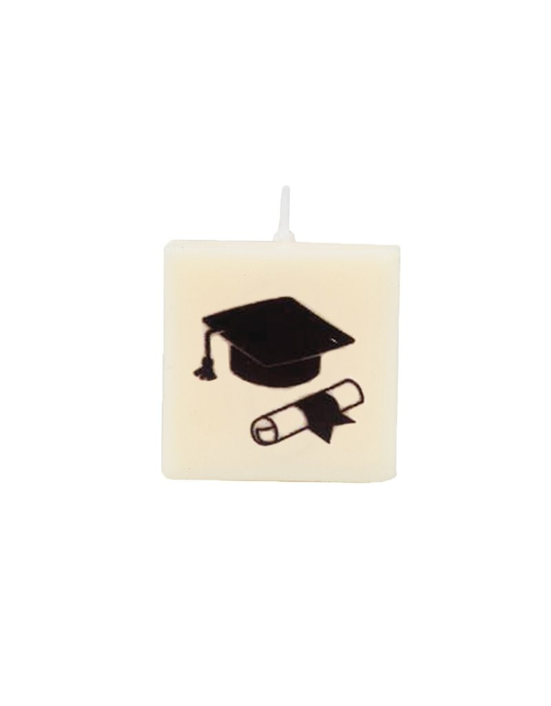 The Gift Label Letter kaarsen - 'Graduated'