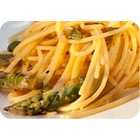 Spaghetti with Asparagus and Red Orange sauce (4 persons)