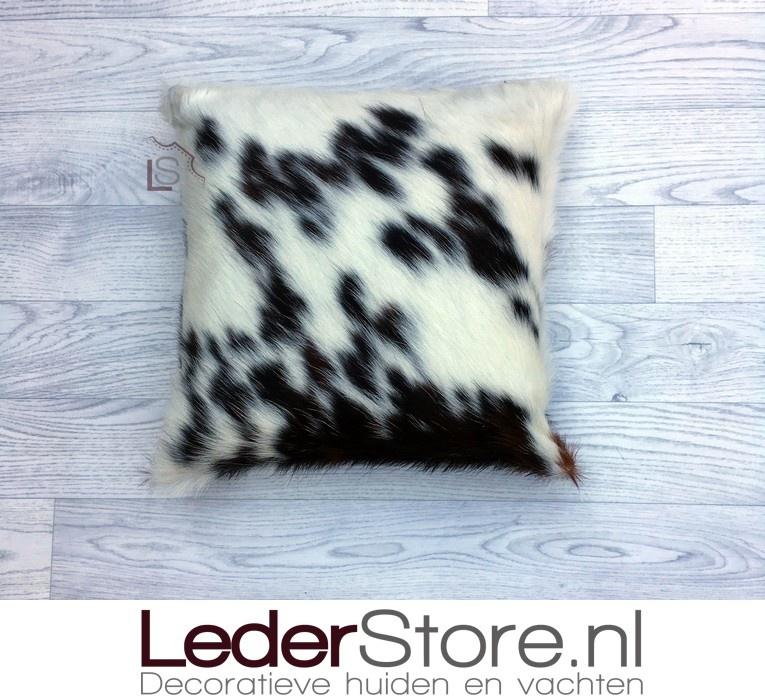 Koeienhuid kussen zwart wit bruin Normandier tricolor 40x40cm