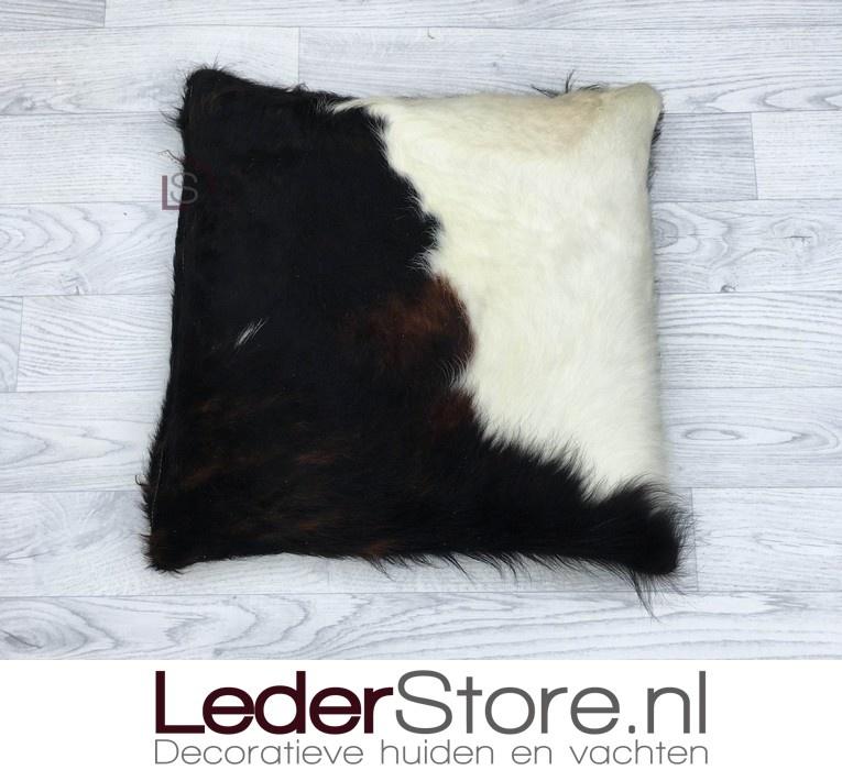 Koeienhuid kussen zwart wit bruin Normandier 50x50cm