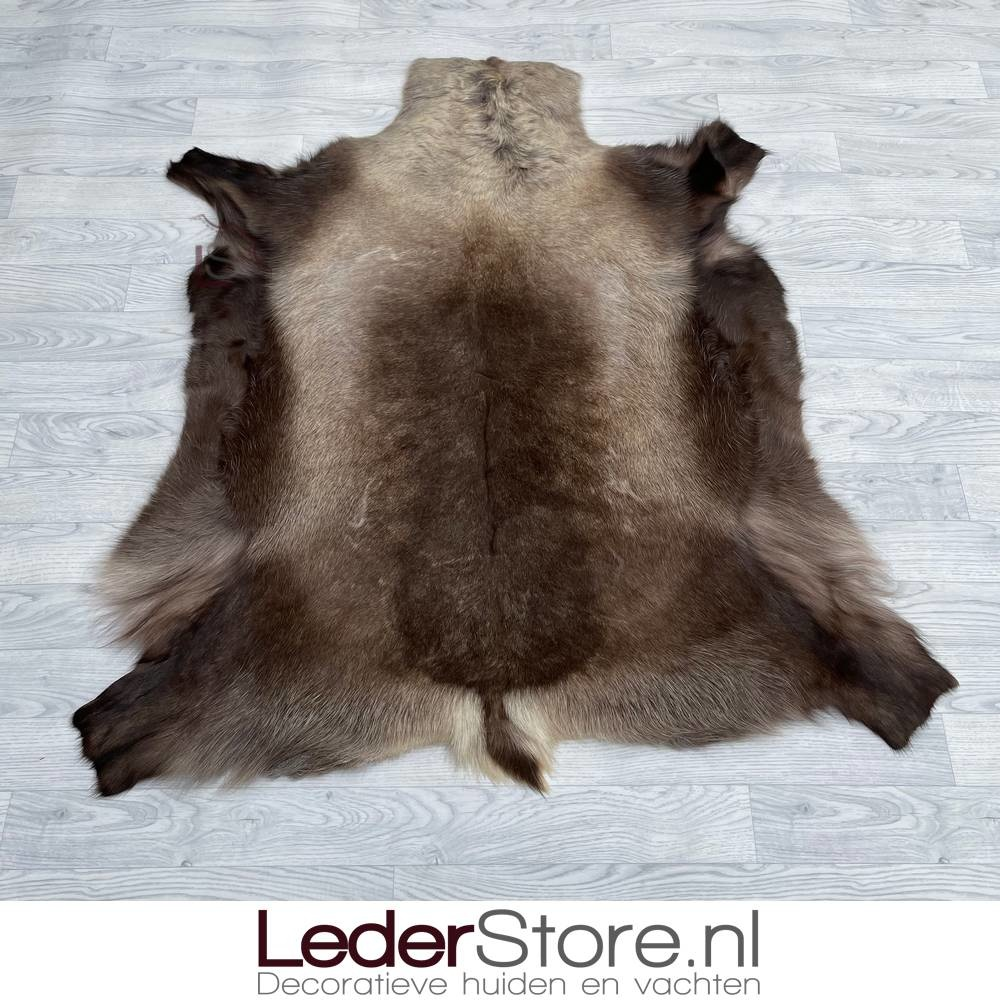 Reindeer hide brown 135x125cm