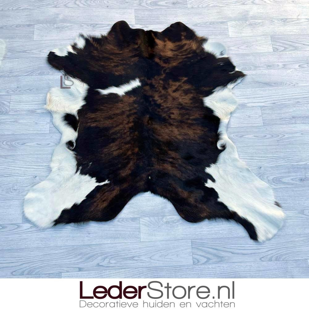 Kalfshuid bruin zwart wit 110x100cm