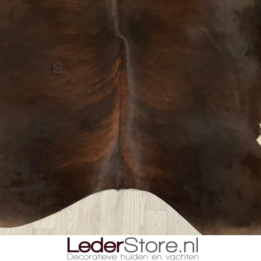 Koeienhuid bruin zwart wit brindle 225x210cm