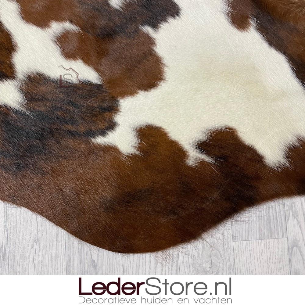 Koeienhuid tricolor zwart wit bruin normandier 210x195cm M/L