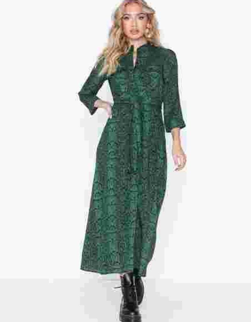Maidenform YASPytho 3/4 sleeve dress