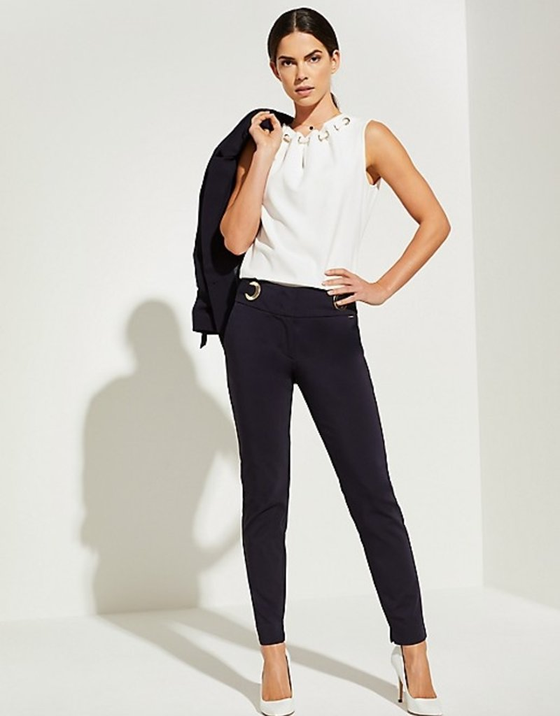 Comma Stretch pantalon met goudkleurige ringen 81.003.73.2664