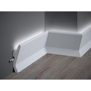 Plint LED QL014 (130 x 40 mm), lengte 2 m