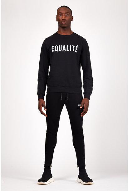 ESSENTIAL SWEATER BLACK