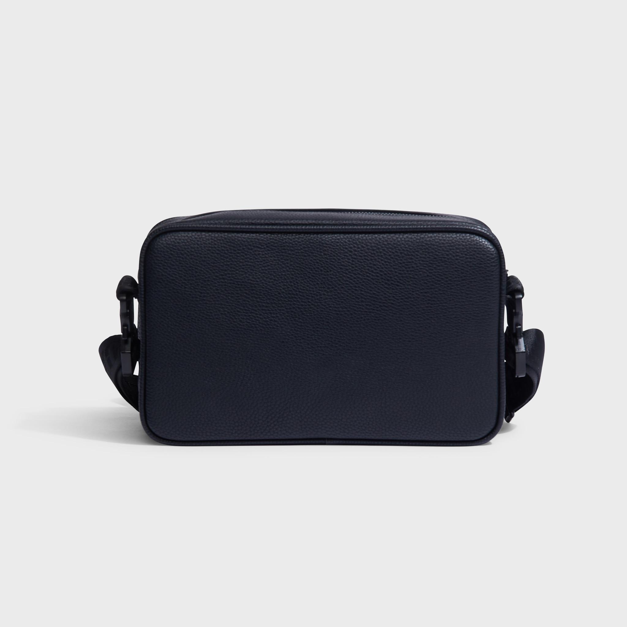 Pocket messengerbag black-2