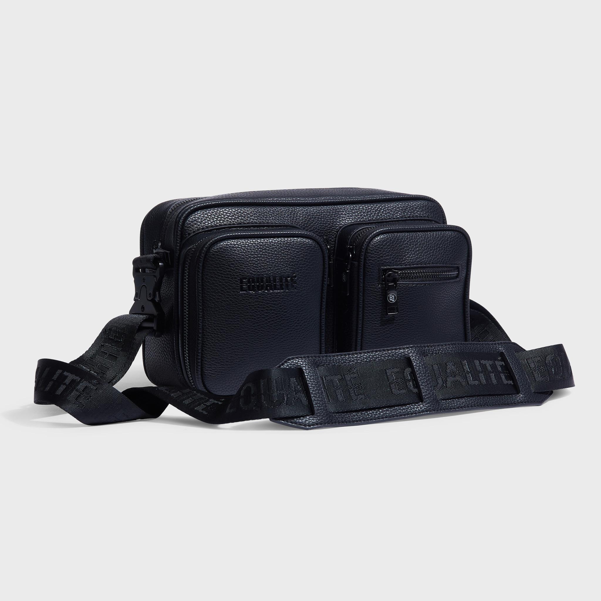 Pocket messengerbag black-3