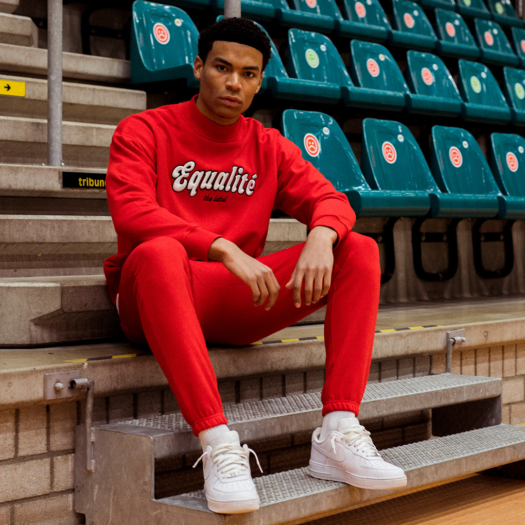 Moza tracksuit red-7