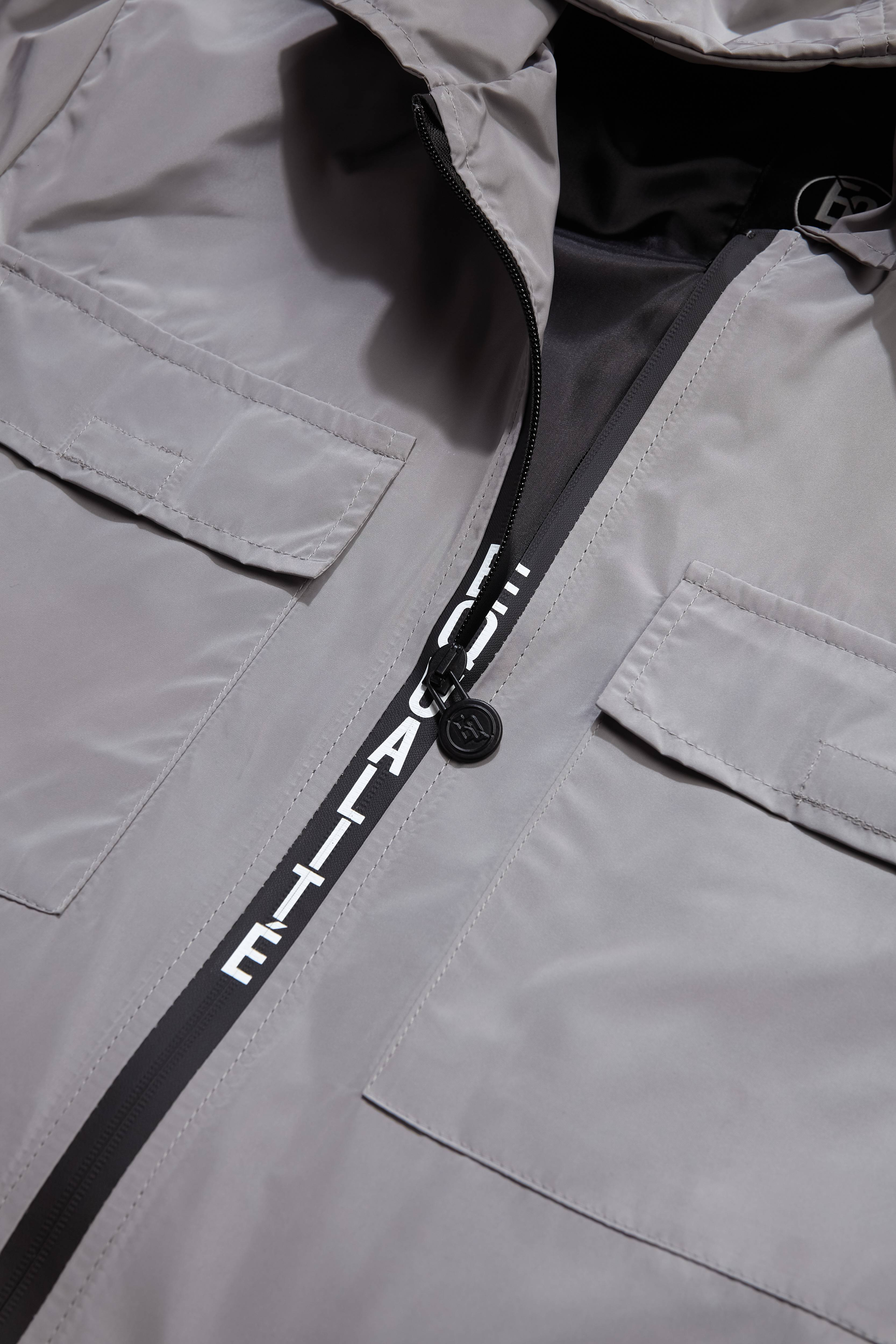 WINDBREAKER SILVER GREY-2