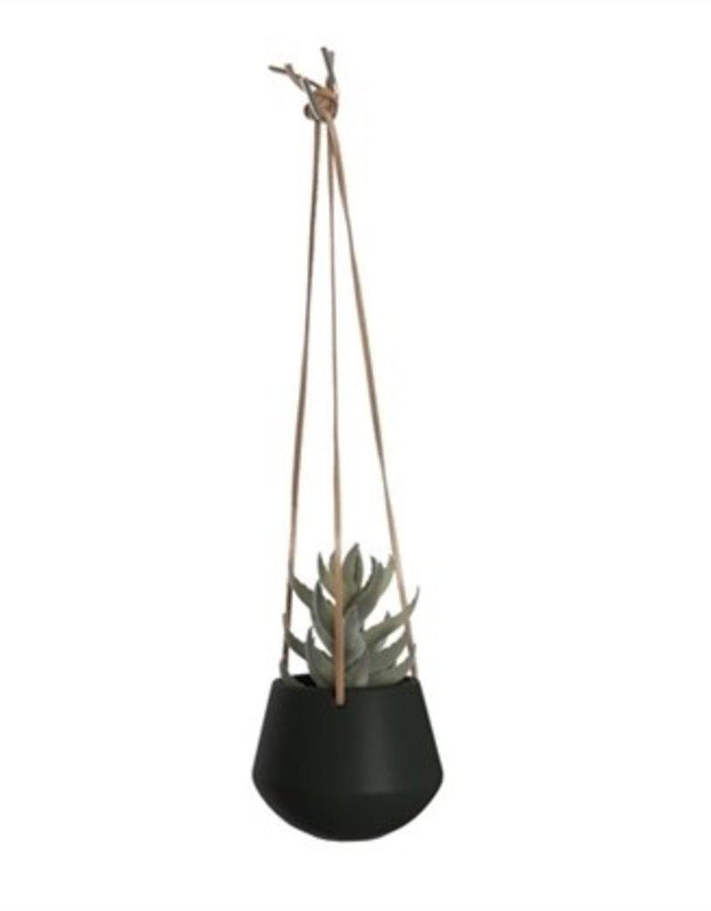 PRESENT TIME Vase has suspend skittle