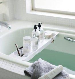 Extended bathtub tray
