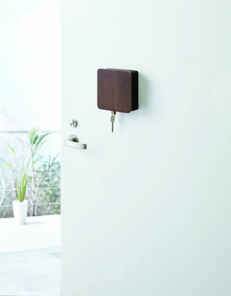 SQUARE MAGNETIC KEY CABINE