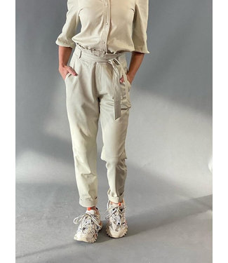 Est'Seven Est'Ruffle trouser Leather