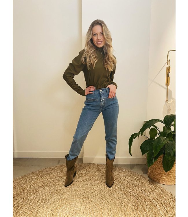 Green Jeans Look