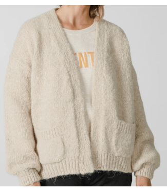 Knit-ted Bernelle Sand