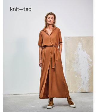 Knit-ted Regina