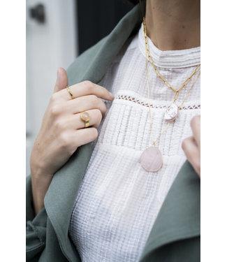 Ellen Beekmans Ketting met platte organische gemstone hanger lichtroze