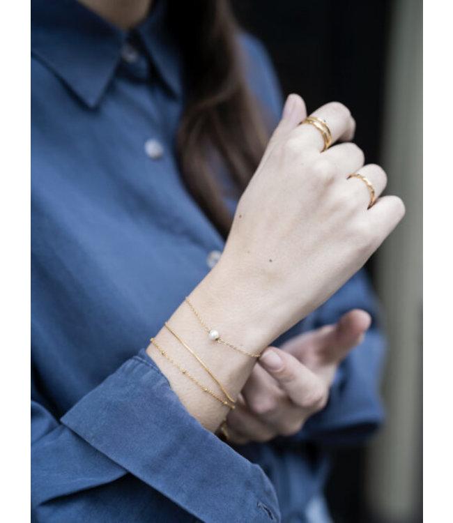 Fijn armbandje met platte schakel