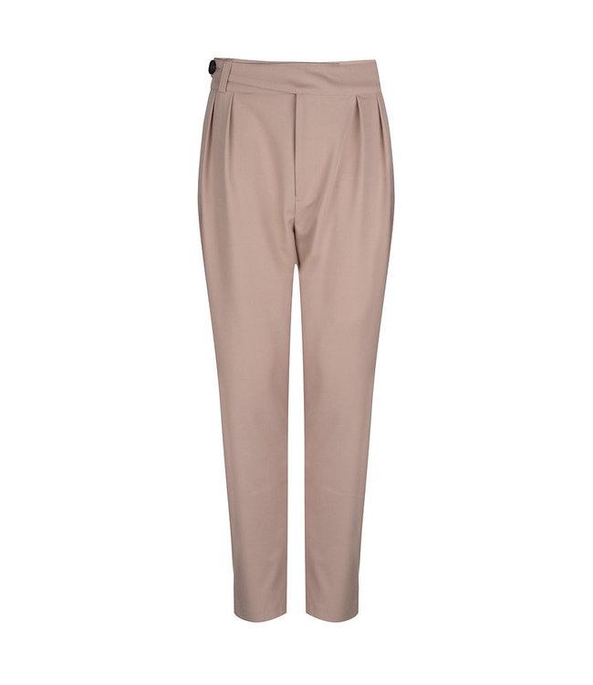 Raison Pants With Fixedfabric Belt