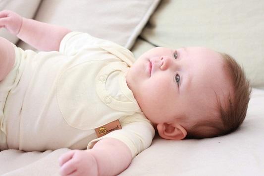 Natürliche Entwicklung und Gesundheit meines Babys
