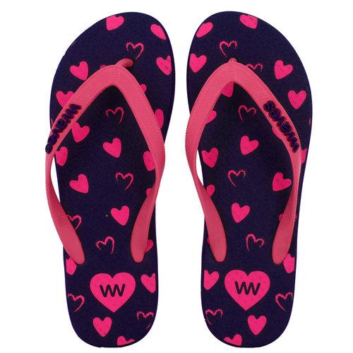 Teen slippers donkerblauw met roze hartjes