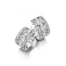 HuisCollectie HuisCollectie Creolen 18k witgoud met 0.69ct briljant en baguette G/Si diamant