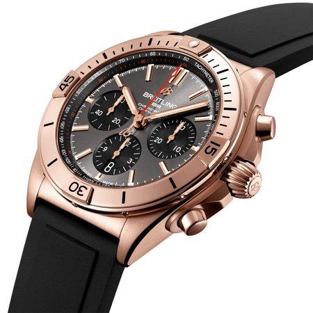 Breitling Breitling Chronomat B01 42mm 18k Goud RB0134101B1S1
