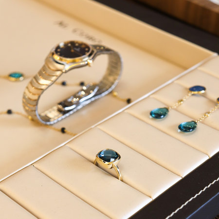 Jarrèl JARRÈL Ring San Marino Rosegoud met London Blue Topaas 4R.7439.TLS