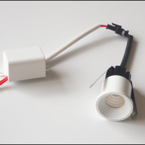Petit spot LED encastrable 6W scie 30 mm