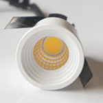 Petit spot LED encastrable 5W scie 30 mm