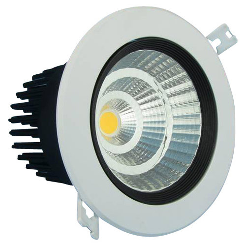 Grand spot encastrable LED 24W inclinable dimmable perçage 140 mm