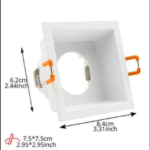 Spot encastrable carré GU10 blanc diamètre perçage 75 mm x 75 mm orientable